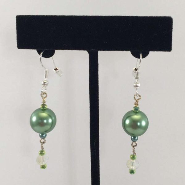 Earrings - Green Glass-Pearls and Crystals v.1