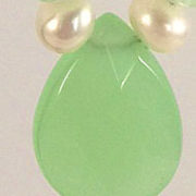 Earrings - Lime Chalcedony-Pearls close-up v.1