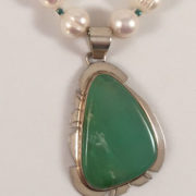 Pearls-Glass-Chrysoprase-Pendant-20-inch-A close-up-1v.1
