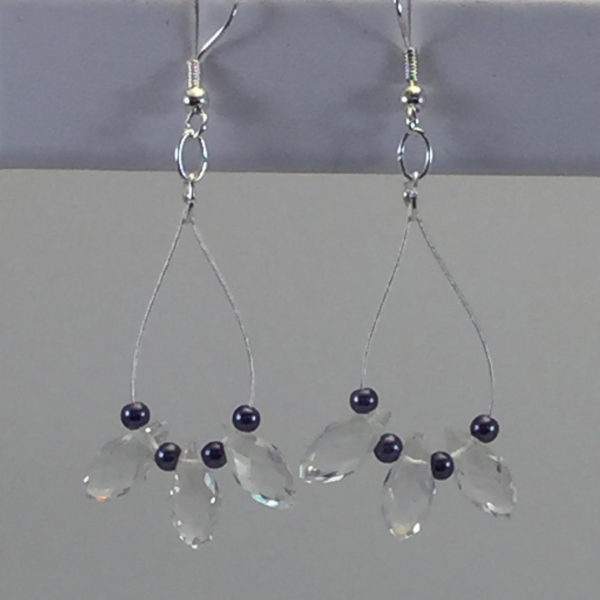 Earrings Tear-Drop Crystals and glass-pearls